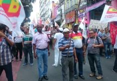 """""""Esquenta"""" rumo à Greve Geral: Manifestação agitou o centro de Salvador"""