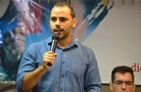 """""""MP 881 tenta fazer uma nova Reforma Trabalhista"""", afirma Augusto Vasconcelos"""