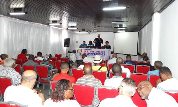 Diretoria se reúne para planejar as ações do SINTRACOM-BA em 2018