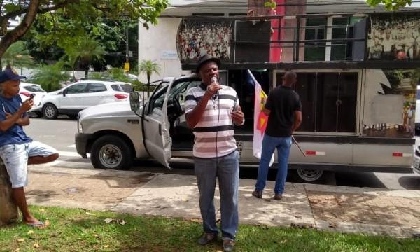 Operários protestam: G. Fator demitiu 200 e não pagou rescisão