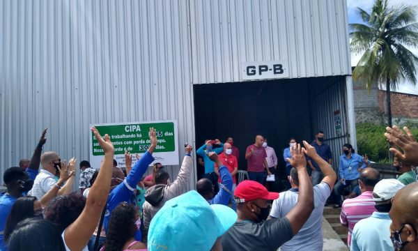 A luta dos trabalhadores (as) demitidos da Alves da Cunha / Embasa